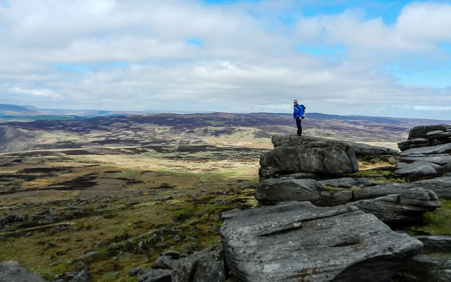 Weather Car Mats >> Walking Stanage Edge in the Peak District – TrekSnappy