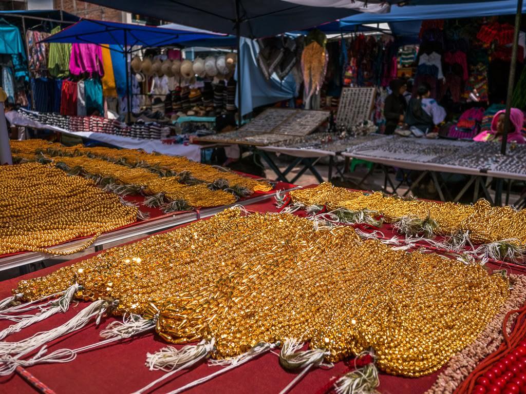 visit otavalo get lost in ecuador s famous street market treksnappy